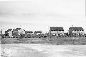 <p>De woonkern in Lauwersoog in 1975. - Foto: M.A. Douma, Collectie Groninger Archieven</p>